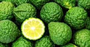 Best 14 Bergamot Essential Oil Benefits For Your Hair, Skin, Sleep & Even Home!
