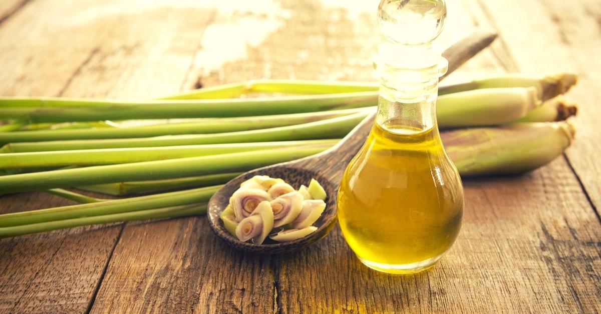benefits of lemongrass oil